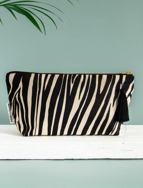 zebra reverse 1