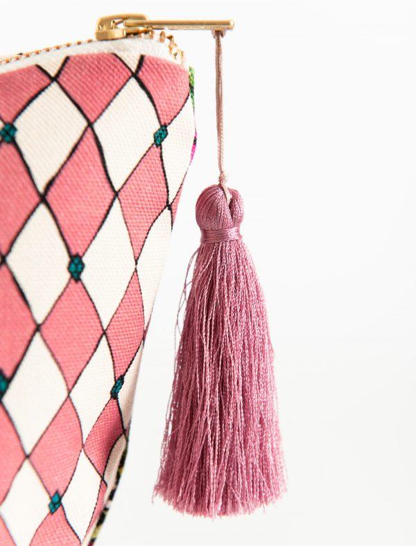 pink tass