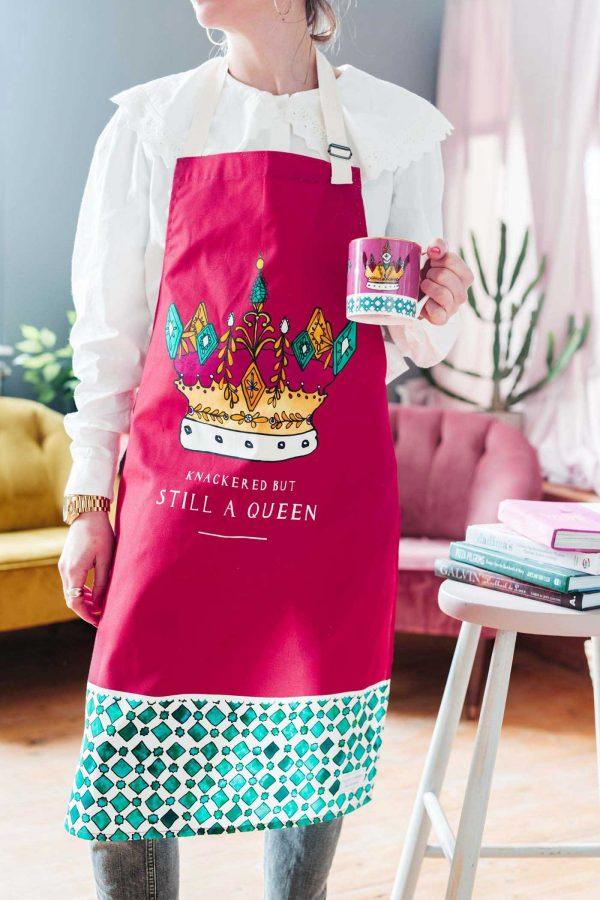 queen apron